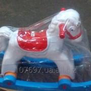 Конь-каталка фото