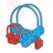 Металлические опоры и хомуты для трубопроводов фото