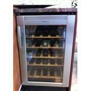 Холодильный шкаф для вина фото