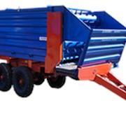 Прицеп раздатчик кормов тракторный ПРКТ-10-02 (со спаренной осью, на балансирах, односторонний) фото