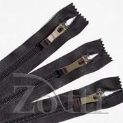 Молния пластиковая, черная, бегунок №73 - 18 см фото