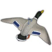 Чучело кряквы комплект (селезень+утка) летящее, крепеж на палку,подвижн.крылья,пластик,не складной, матовый, (2шт/компл) фото