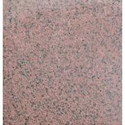 Плитка бучардированная из гранита Симоны Red. фото