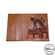 """Кожаная обложка на паспорт """"Кошки"""" (коричневая) фото"""