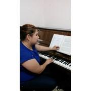 Обучение игре на фортепиано (+вокал)  фото