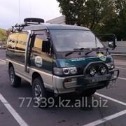 Услуги пассажирских перевозок на микроавтобусах повышенной проходимости Mitsubishi Delica фото