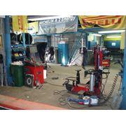 Продажа монтаж и ремонт шин для легковых автомобилей и фургонов фотография