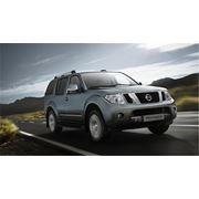 Автомобиль Nissan Pathfinder фото