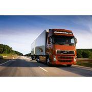 Технический осмотр грузовиков и прицепов фото