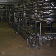 Монтажные работы по установке трубопровода из нержавеющей стали. фото