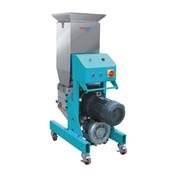 Оборудование для переработки полимерного сырья фото