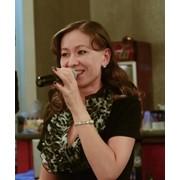 Профессиональная ведущая Юлия - весёлая тамада фото