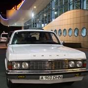 Прокат ретро автомобиля Газ-14 Чайка фото