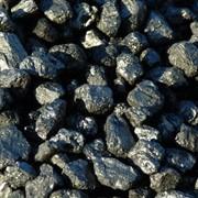 Уголь каменный навалом и в мешках. фото