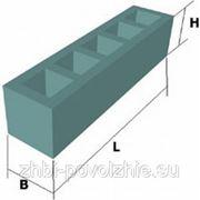 Блоки унифицированные дырчатые (шириной 580 мм) УДБ 3.6 фото
