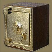 Вскрытие сейфов с обычным замком фото