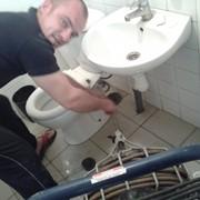 Скорая помощь по прочистке канализации. фото