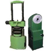 Испытательный пресс ПСУ-10 предельная нагрузка 100 кН для статических испытаний стандартных образцов стройматериалов на сжатие, а также испытание кирпича на поперечный изгиб фото