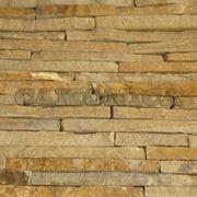 Натуральный камень лапша бежево-коричневая с разводами фото
