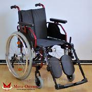 Универсальная облегченная инвалидная коляска фото