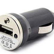 Автомобильное зарядное устройство (USB) фото