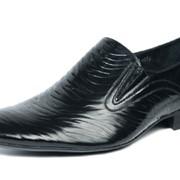 Обувь из искусственной кожи фото