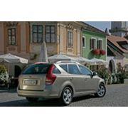 Новый универсал компании Kia Motors фото
