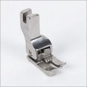 Лапки для отделочных строчек с компенсатором Лапка для отделочных строчек с компенсатором левым 3.2 мм CL 1/8E фото