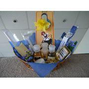 Упаковка гостиничной минипарфюмерии в косметички коробочки и корзиночки фото