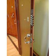 Металлические двери с отделкой ламинатом фото