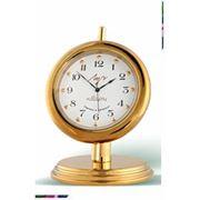 Часы настольные кварцевые фото