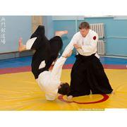 Тренировки по японскому боевому искусству - айкидо фото