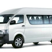 Аренда микроавтобусов предст.класса Toyota Hiace фото