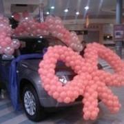 Украшение на авто с шариков фото