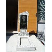 Памятник из гранитно мраморной крошки 30/60 фото