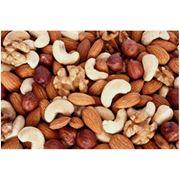 Орехи в асортименте фото