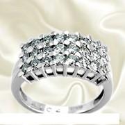 Золотое кольцо с фианитами фото
