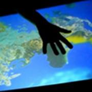 Интерактивный пол I-Floor и интерактивная стена I-Wall фото