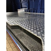 Алюминиевый лист рифленый от 1,2 до 4мм, резка в размер. Гладкий лист от 0,5 мм. Доставка по всей области. Арт-38 фото
