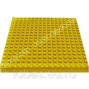 Тактильная плитка с квадратными рифами фото
