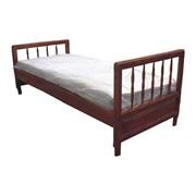 Кровать деревянная из массива односпальная фото