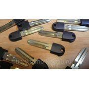 Заготовка дверного ключа для TOYOTA PRIUS NHW20 (toy43) фото