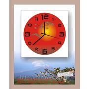 Подарочные часы на металле фото