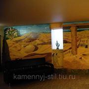 Ручная роспись стен оформленная камнем фото