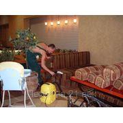 Химчистка мягких домашних кресел и дивана фото