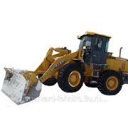 Услуги убороки снега и строительного мусора фото