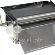 Тестораскаточное устройство для раскатки теста толщиной 1-4 мм, путем его механического прокатывания между валками фото