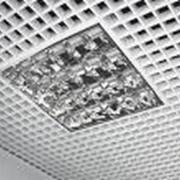  Подвесной потолок Armstrong и подвесная система для потолков, светильники. фото