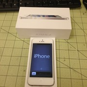 Apple iPhone 5 16GB, 32GB и 64GB neverlock фото