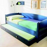 Ліжко-диван з натурального дерева фото